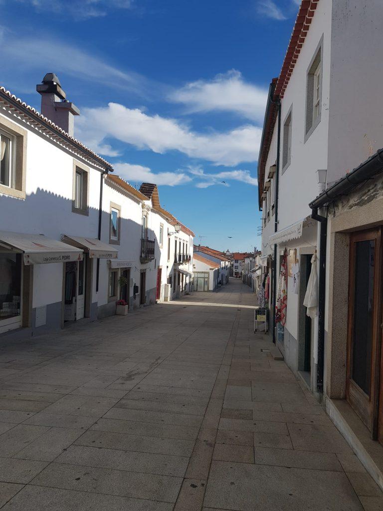 Calles blancas de Mirana de Duero