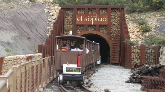 Acceso en tren a El Soplao