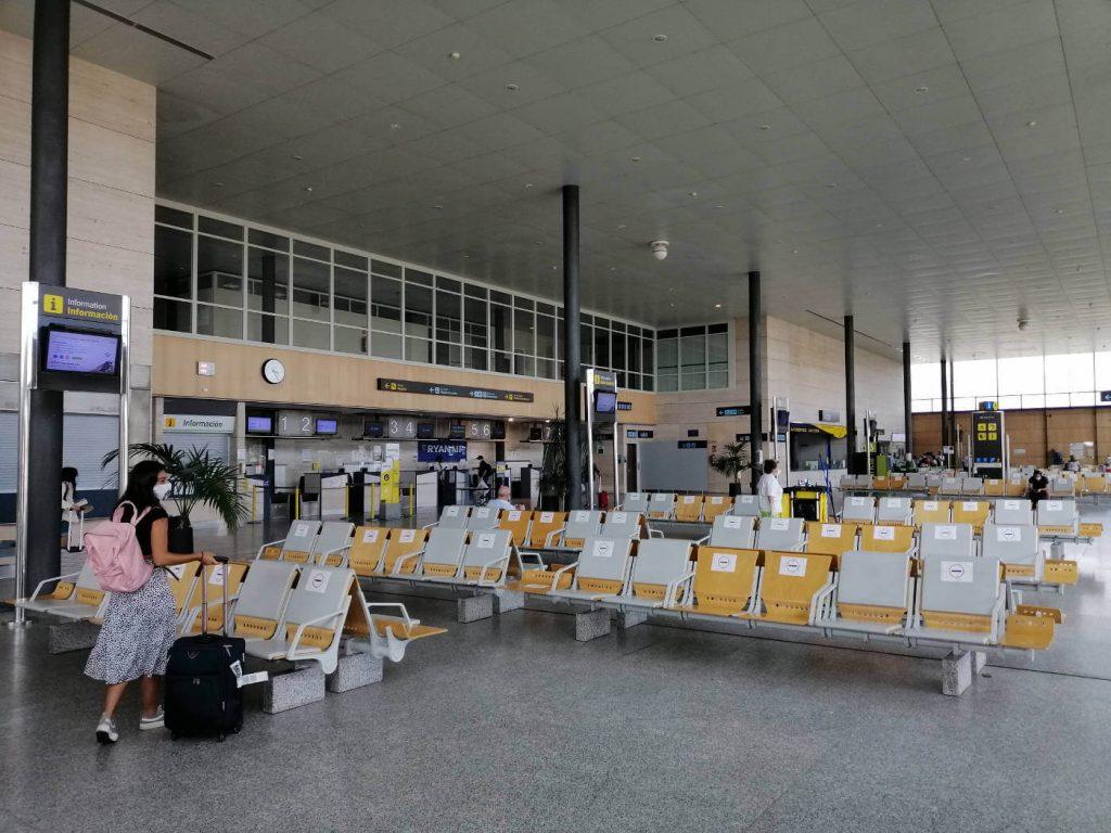 aeropuerto de villanubla valladolid