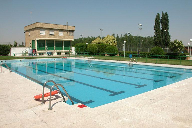 Imagen de las piscinas municipales de la rondilla en Valladolid